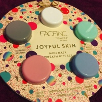 FaceInc by NailsInc - Joyful Skin - Mini Mask Wreath Gift Set - First Impressions