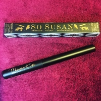 SO SUSAN – Waterproof Liquid Eyeliner - Mesmer-Eyes