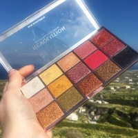 REVOLUTION LONDON – Eyeshadow Palette - Foil Frenzy